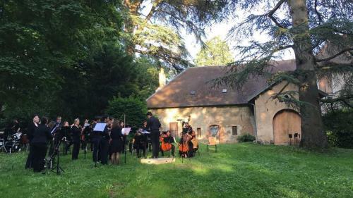 """Concert """"Bonne humeur en Belle Demeure"""" - orchestre symphonique - Parc de la Grange Huguenet (Besançon) - 13 juin 2018"""